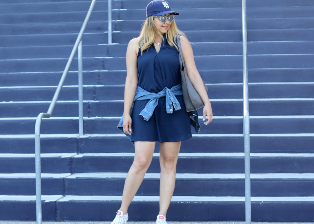 What to wear to a baseball game, padres outfit, what to wear to a padres game, things to do in San Diego