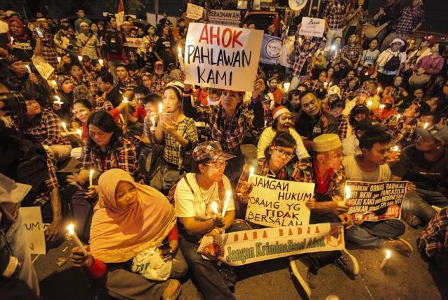 Demo Pro-Ahok Diizinkan Melebihi Batas Waktu, Polisi: Kami Melihat Sisi Lain