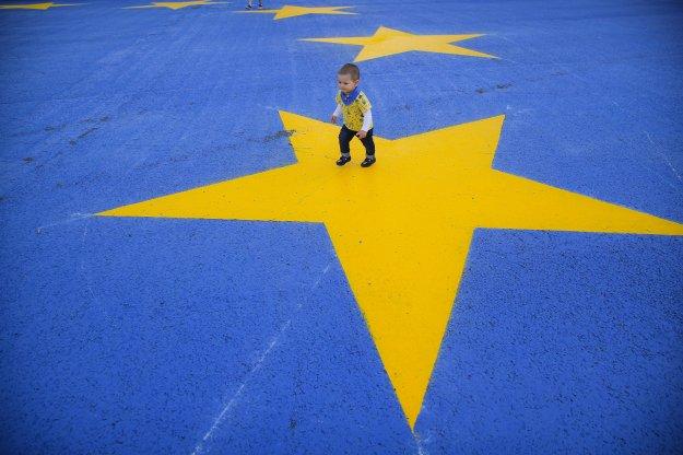 Μανιφέστο Φερχόφσταντ και άλλων Ευρωπαίων ηγετών για επανίδρυση της Ευρώπης