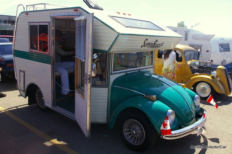 03-Tiny-Home-with-the-1970s-Volkswagen-Beetles-Bug-Campers-www-designstack-co
