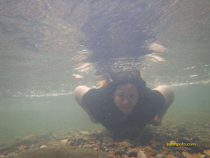 kamera Nikon aw130 underwater
