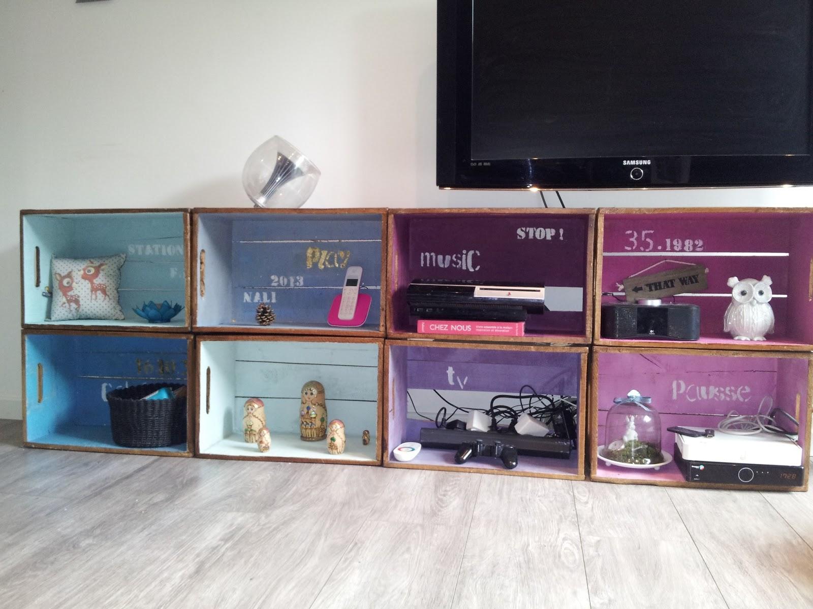 meuble t l nuancier. Black Bedroom Furniture Sets. Home Design Ideas