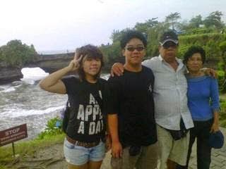 Tanah-Lot-Bali-tours