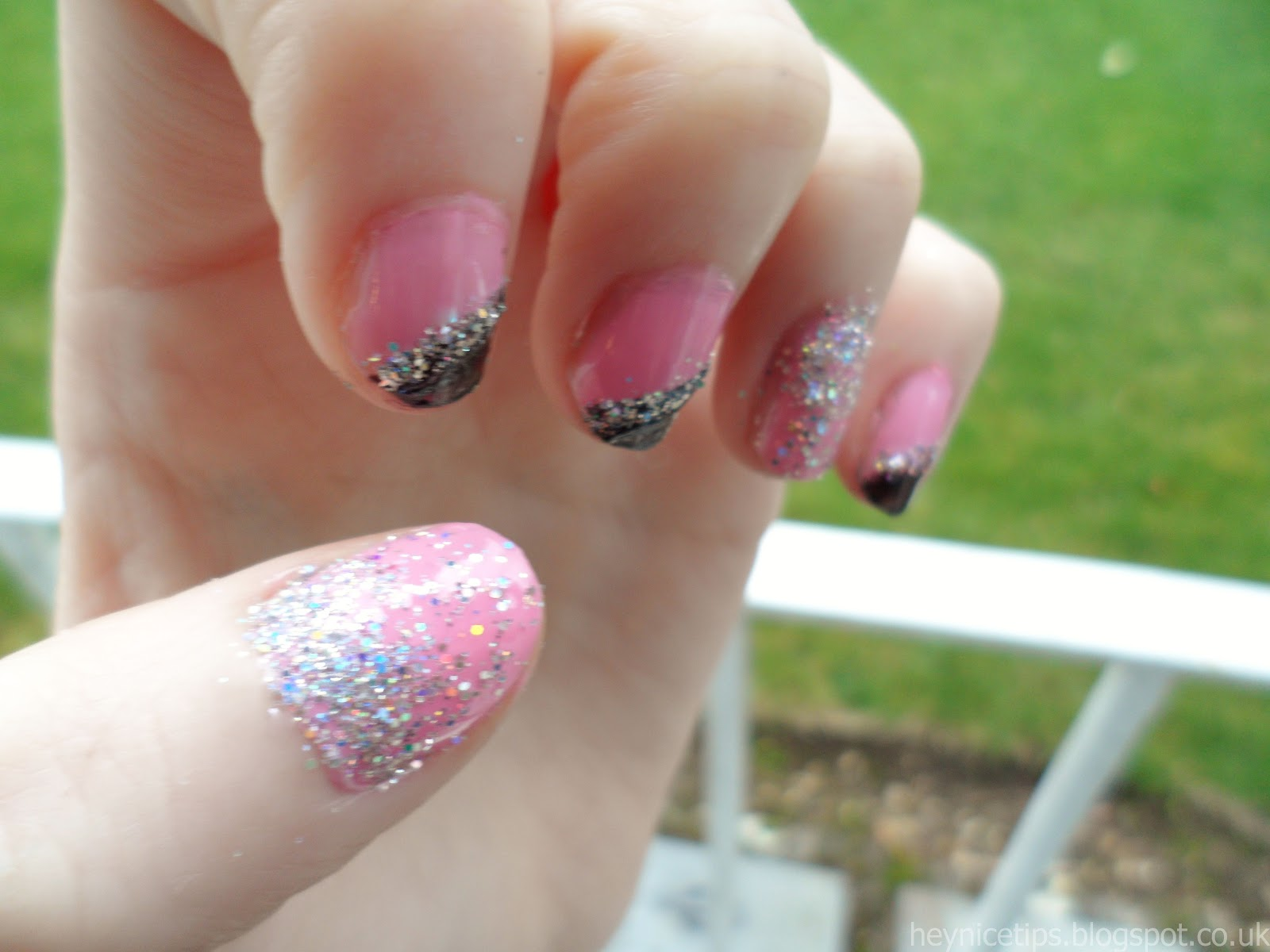 Black And Pink Gradient Nails | black and pink gradient ...