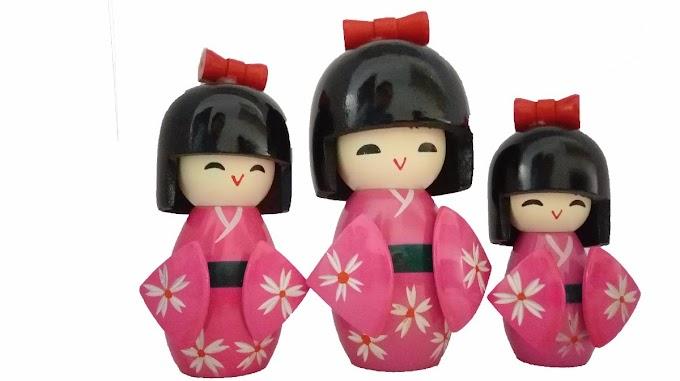VÍDEO - Modelagem em 2D Kokeshi Dolls