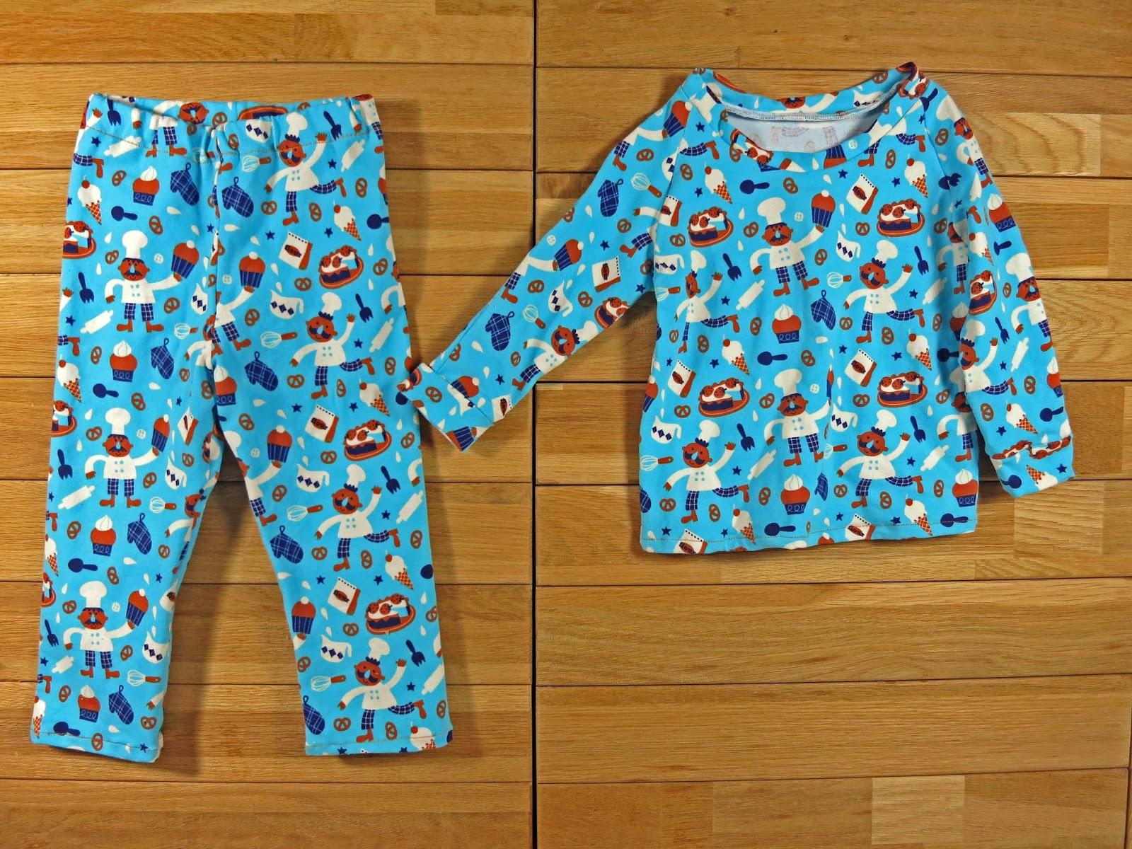 l 39 atelier de kalua couture un pyjama pour monsieur ju. Black Bedroom Furniture Sets. Home Design Ideas