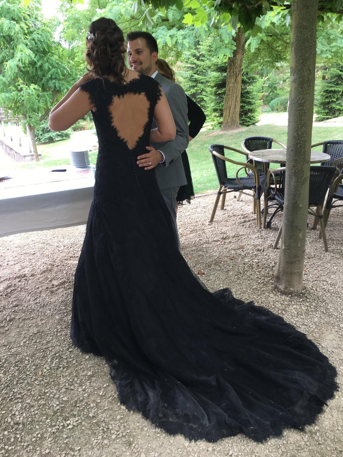 Zwarte Jurk Voor Bruiloft.Trouwen Leveranciers Deel 2 Van 3