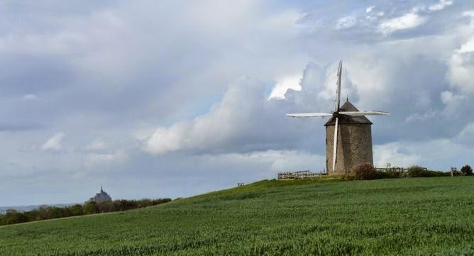 El Mont Saint Michel desde la lejanía.