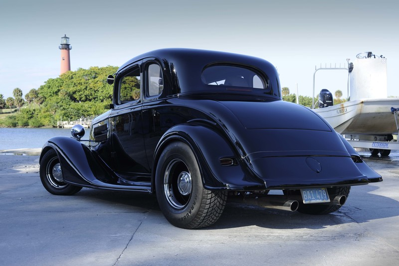The Eco - Senior: 1934 Chevrolet Master - 5 Window Coupe