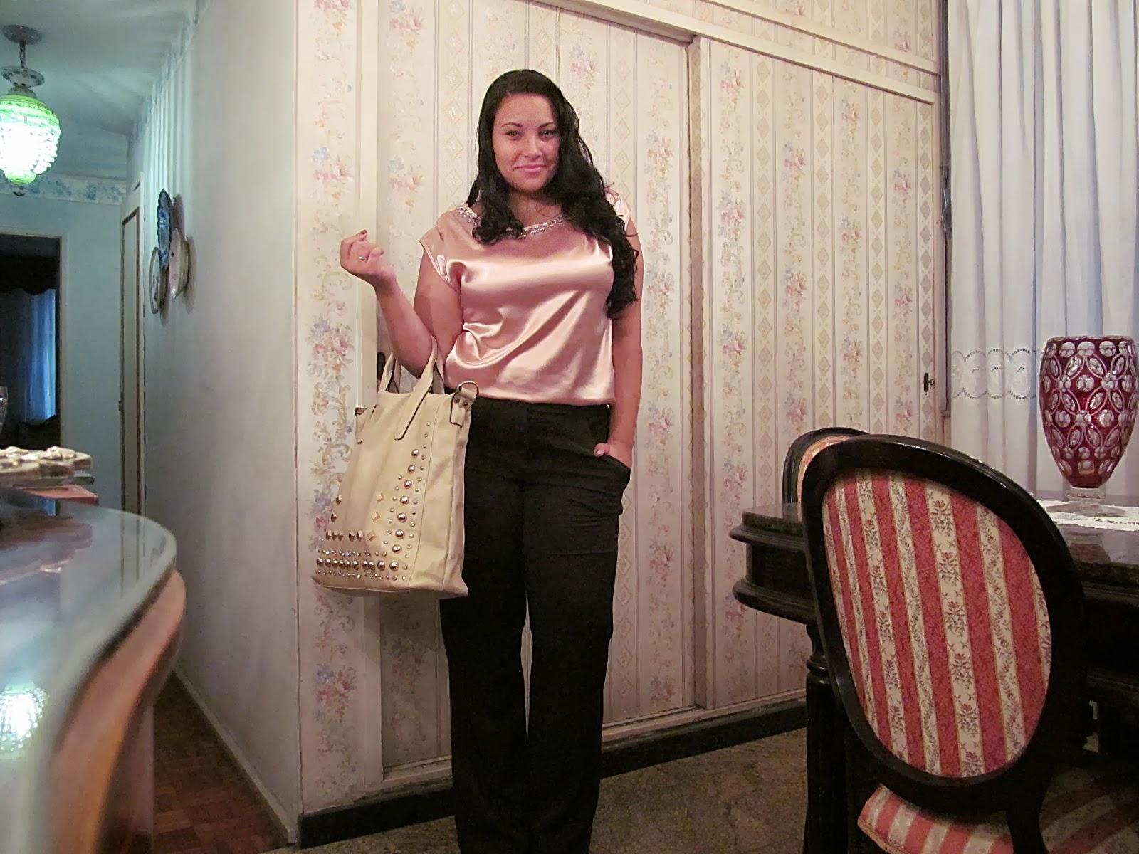 f65a03d10 Hoje vou mostrar o look que usei no domingo para visitar as candidatas do  Miss Plus Size Carioca 2013 que acontecerá no próximo sábado (23).