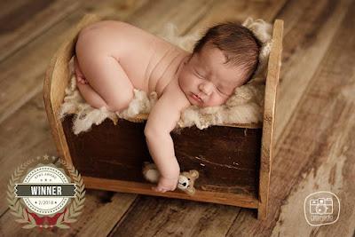 Fotografos-Fotografas-Fotografía-recien-nacidos-Zaragoza-newborn-fotografia-bebes-embarzo-premama-infantil-aragon-mejor-fotografa-zaragoza-profesional-especilizada