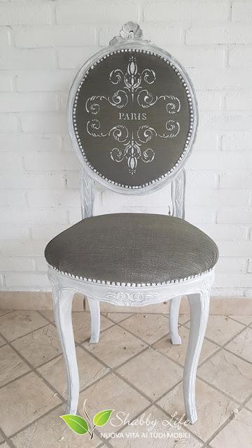 ricolorare una sedia in velluto