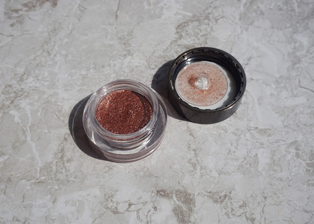 Hourglass Scattered Light Glitter Shadow - Blaze | bellanoirbeauty.com