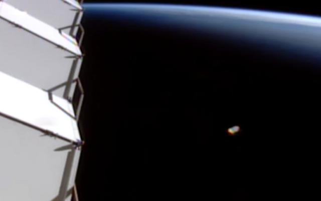Astronaut Preaches Gospel As UFO Visits Space Station God%252C%2Bangel%252C%2Bangels%252C%2Bgospel%252C%2Bsphinx%252C%2BMoon%252C%2Bsun%252C%2BAztec%252C%2BMayan%252C%2Bvolcano%252C%2BBigelow%2BAerospace%252C%2BUFO%252C%2BUFOs%252C%2Bsighting%252C%2Bsightings%252C%2Balien%252C%2Bstation%252C%2Bsquare%252C%2Bplanet%2BX%252C%2Bspace%252C%2Btech%252C%2BDARPA%252C1