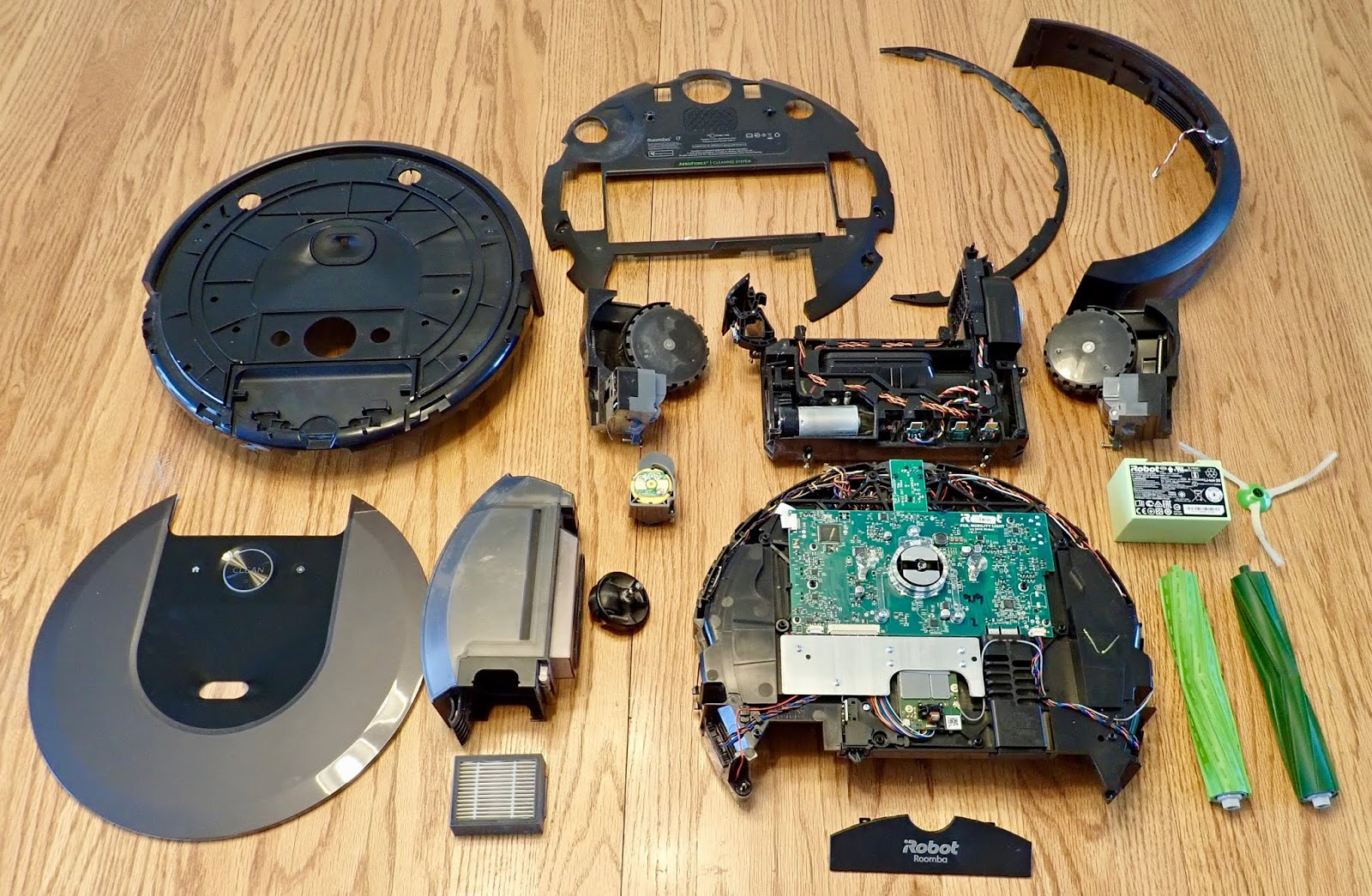 Syonyk S Project Blog Roomba I7 Teardown Why Is There A Waving Cat With A Lint Roller Inside