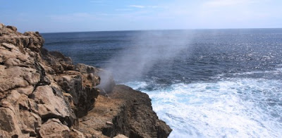 Fenomena Brosh Pantai Jonggring Saloko
