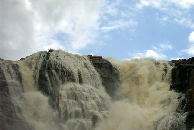 shakuntala waterfall