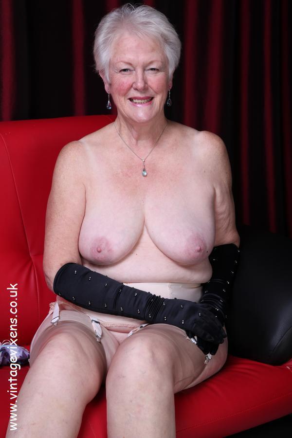 Vintage largest nudes vixens vixens