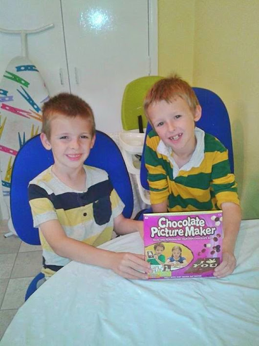 Chocolate Picture Maker Review & Giveaway