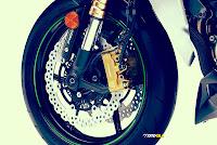 Kawasaki Z1000 2014 rem cakram depan