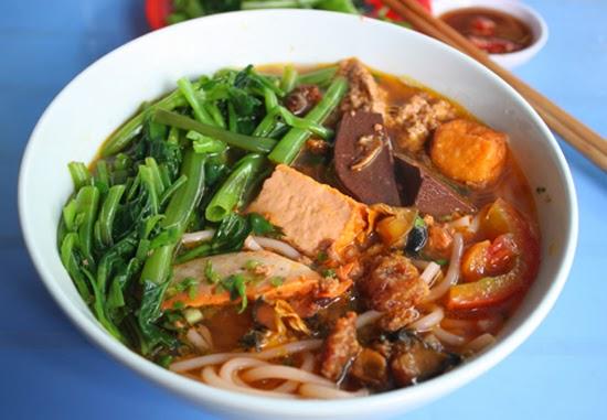enjoying Vung Tau's Food 2