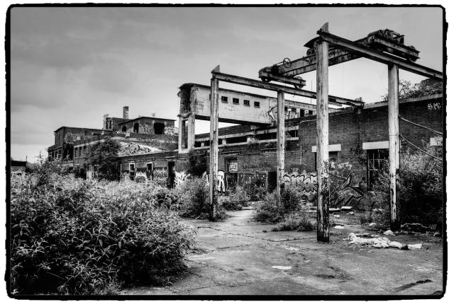 ruinen ruins ruines rovine ruinas p z cenina norton schleifmittelfabrik wesseling. Black Bedroom Furniture Sets. Home Design Ideas