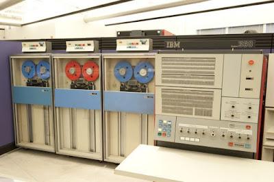 Sejarah Komputer Generasi Ketiga SebatasInfo.Com