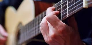 Lirik Dan Kunci Gitar Lagu Adista - Kembalilah Padaku
