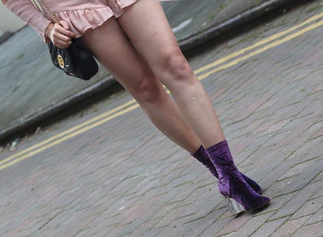 public desire velvet boots blog
