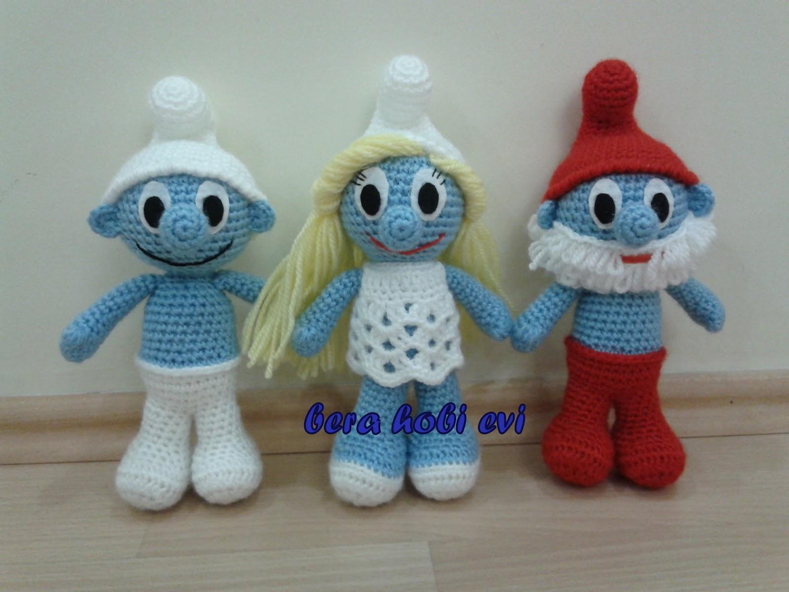 Learn How to Crochet Basic Beginner Amigurumi Smiley