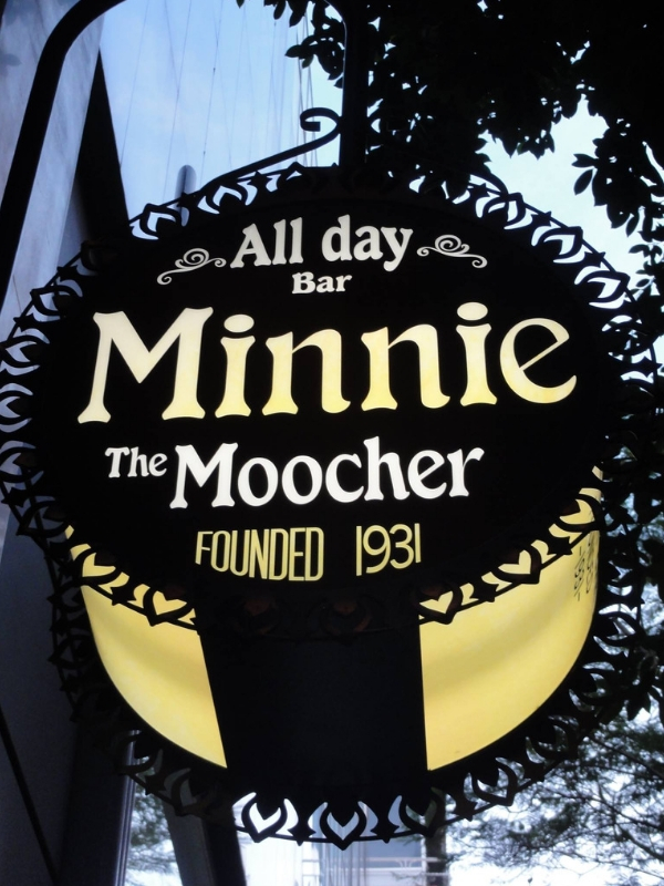 To Minnie the Moocher συμπλήρωσε τα 6 του χρόνια και το γιορτάζει μ' ένα λαμπερό party, την Τετάρτη 6 Μαρτίου στις 6 το απόγευμα με DJ Set από τον Pepper   Ioanna's Notebook