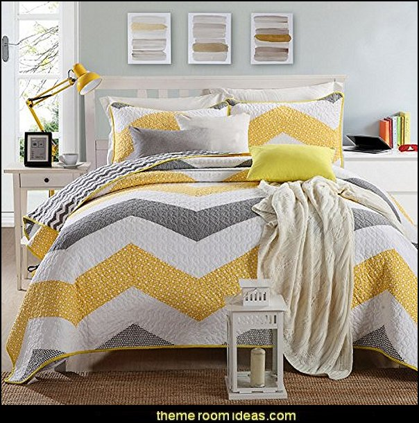 Yellow and Grey Zig Zag Print Patchwork Stitching Quilt Set
