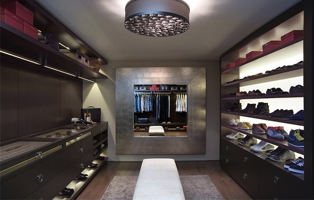 Walk in closets for Closet de madera para dormitorios modernos