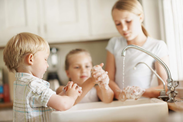 5 Ways to Help Build Healthy Hygiene Habits in your Children