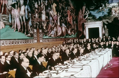 EU founding fathers signed 'blank' Treaty of Rome (1957)