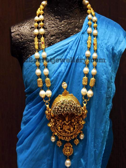 Shrihita Pearls Long Set with Krishna Pendant