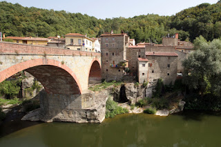 The bridge across the Arno into Capolona