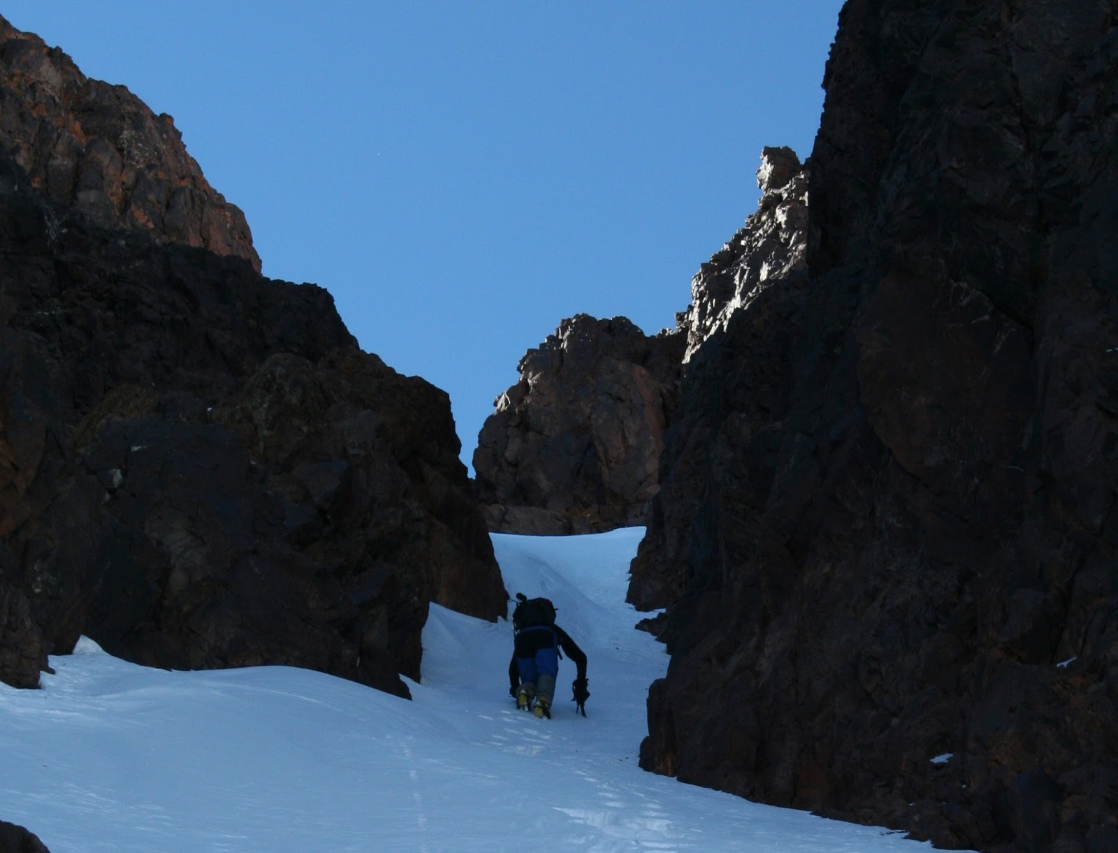 COULOIR N AL RAS (ATLAS) PD 2007