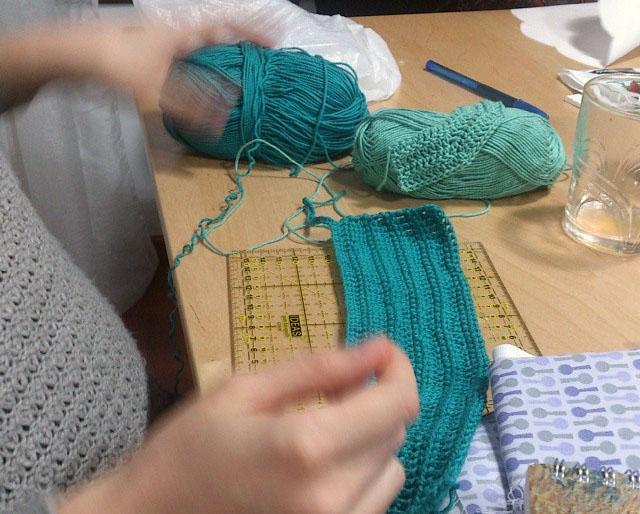 Deshilachado: Ganchillo IV: agujas / Crochet IV: needles
