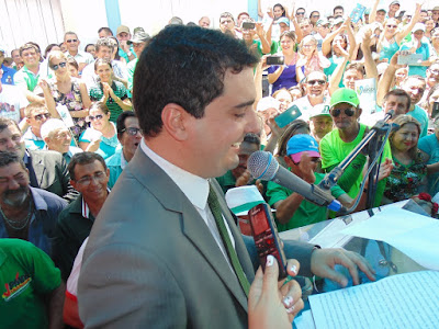 Alan Silveira toma posse em Apodi
