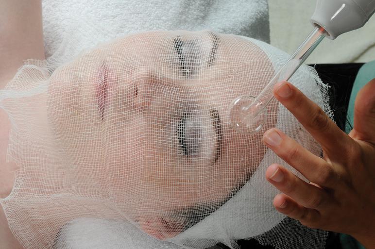 Facial High Frequency 71