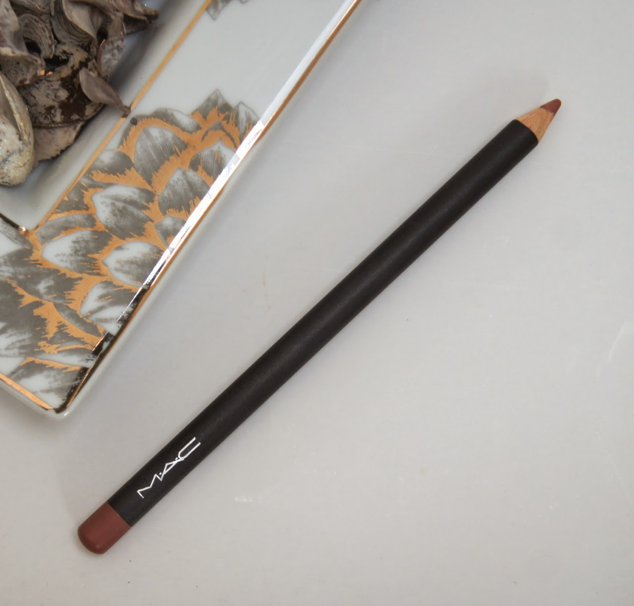 mac subculture lip pencil review swatch