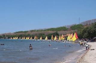 Pantai Pasir Putih Situbondo