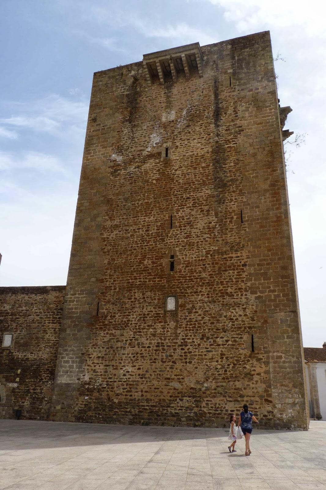 Olivenza, Torre del Homenaje.