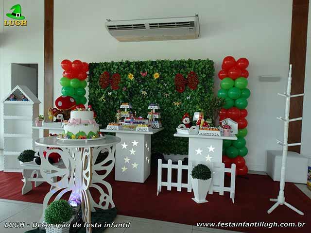 Decoração de mesa de aniversário tema Tinker Bell com muro inglês - Festa infantil