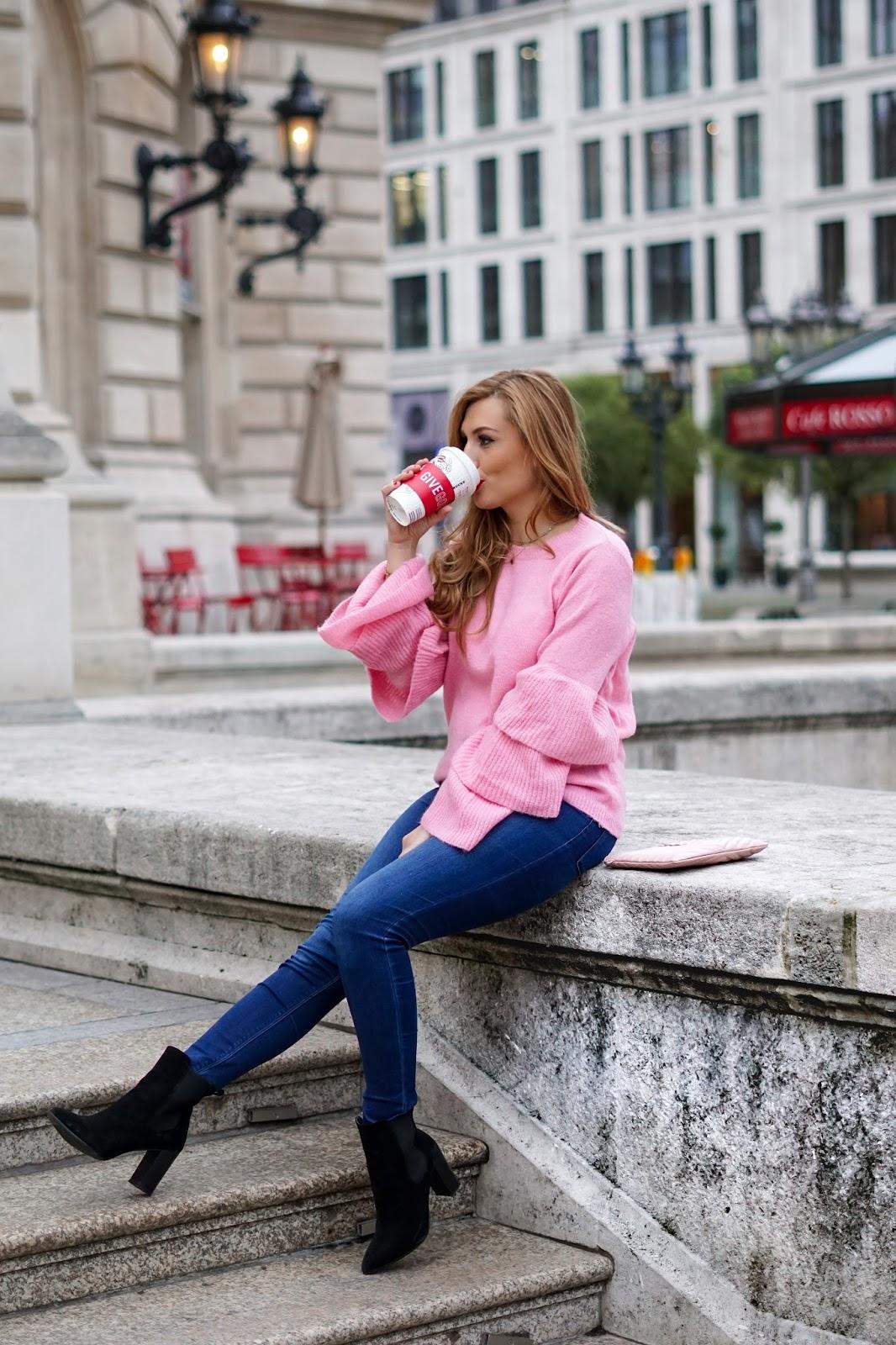 NA-KD-Rosa-pullover-volant-ärmel-pullover-in-rosa-kombinieren-wie-kombiniere-ich-einen-rosa-pullover-blogger-aus-deutschland-fashionstylebyjohanna-frankfurt-blogger-blogger-aus-Frankfurt