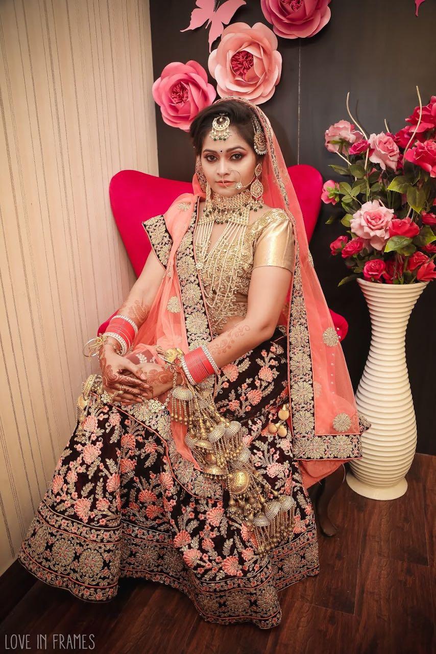 Jyoti Pandey Wiki, Biography, Filmography, Height, Age, Family, Boyfriend, HD Wallpaper, Upcoming Movies List