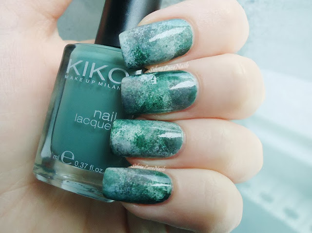 Silvia Lace Nails: Random sponging camouflage inspired