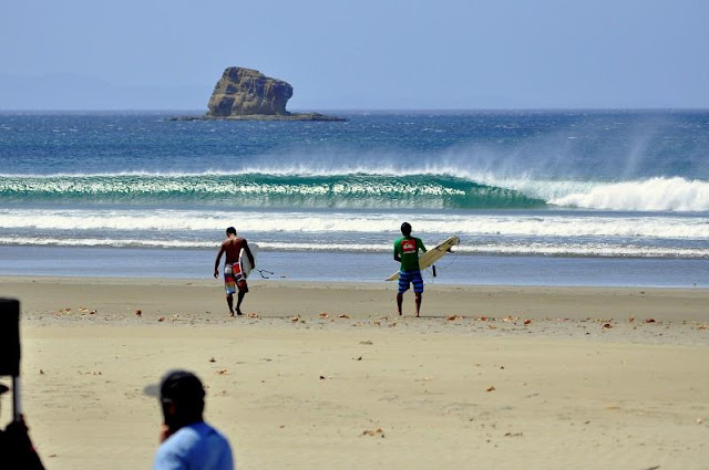surfing hermosa beach nicaragua