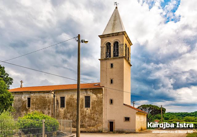 Župna crkva i zvonik Svih svetih  Karojba @ www.poistri.eu